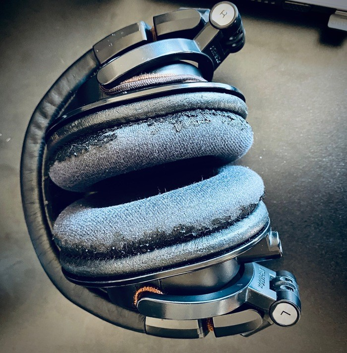 https://medias.audiofanzine.com/images/thumbs3/audio-technica-ath-m60x-2932960.jpg