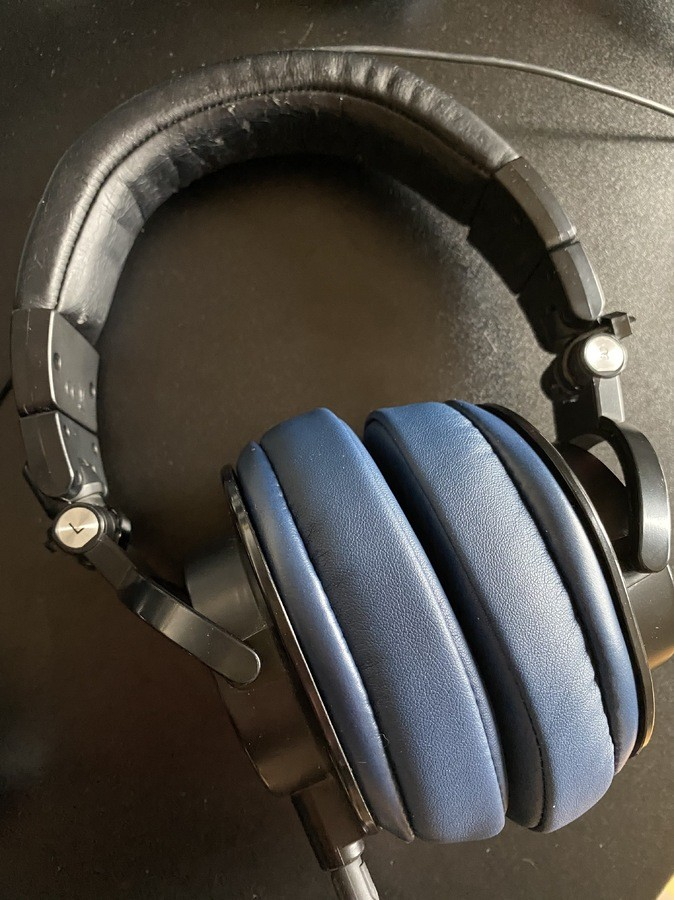 https://medias.audiofanzine.com/images/thumbs3/audio-technica-ath-m60x-2935864.jpg
