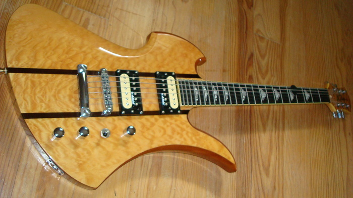 b-c-rich-mockingbird-exotic-classic-spalt-maple-567417.jpg