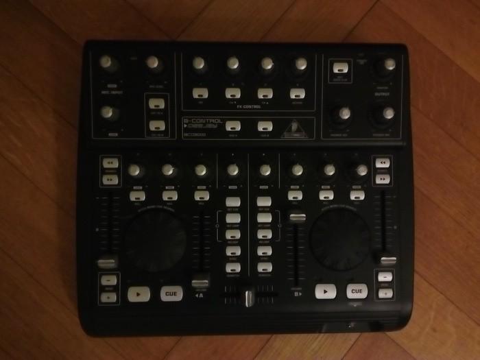 Behringer B-Control Deejay BCD3000 (41022)