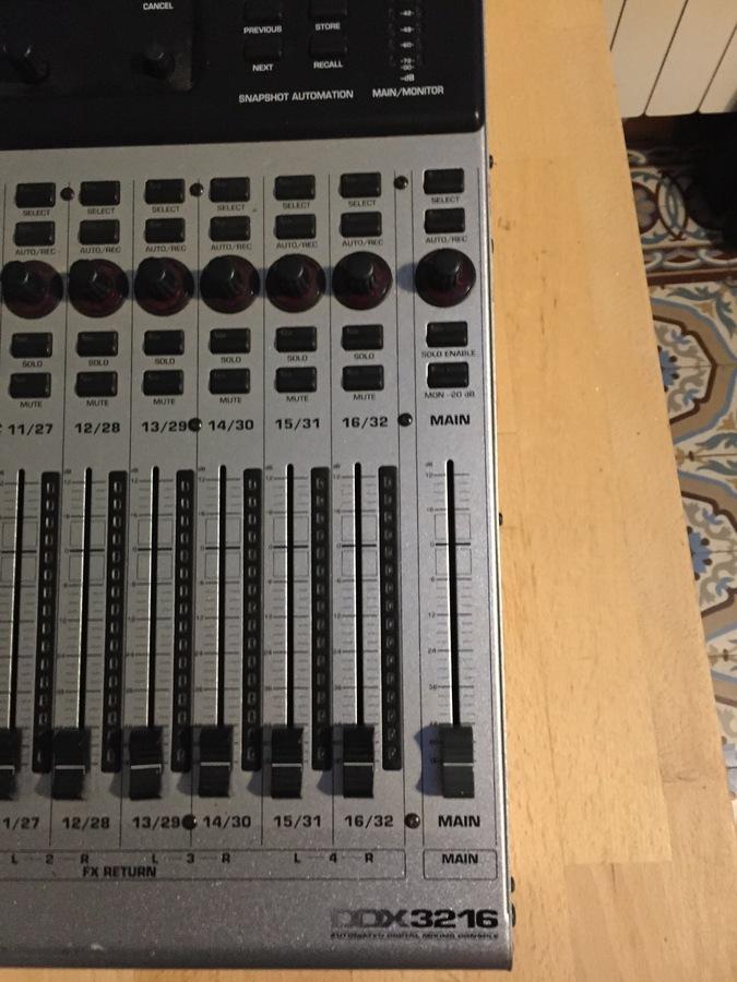 Photo behringer ddx3216 behringer ddx3216 75295 1658840 audiofanzine - Console numerique behringer ...