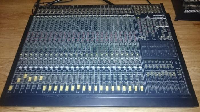 Behringer Eurodesk MX8000 (89274)