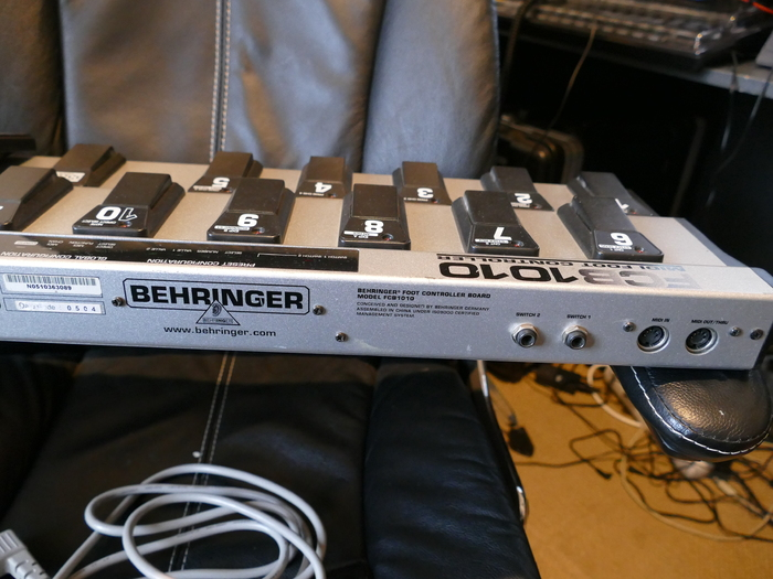 Behringer FCB1010 Midi Foot Controller unTIL BEN images