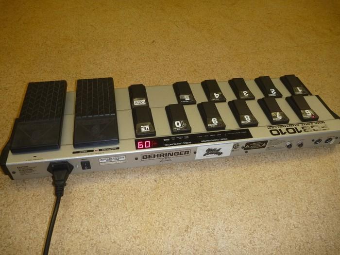 Behringer FCB1010 Midi Foot Controller (17440)