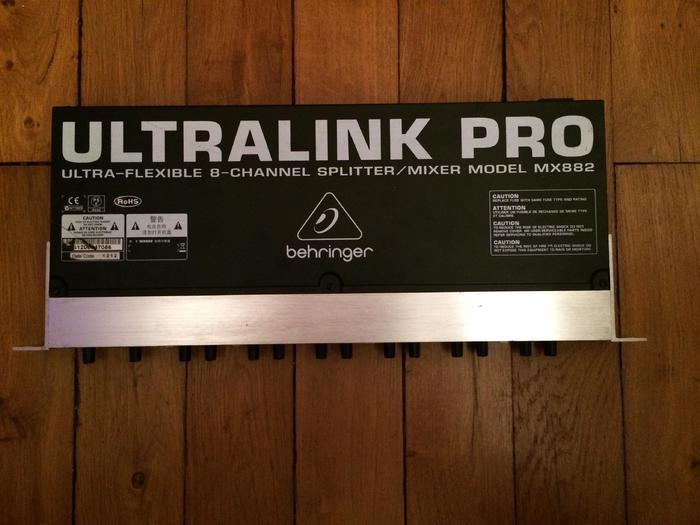 Behringer Ultralink Pro MX882 (41015)