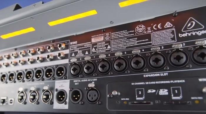 https://medias.audiofanzine.com/images/thumbs3/behringer-wing-2803855.jpg