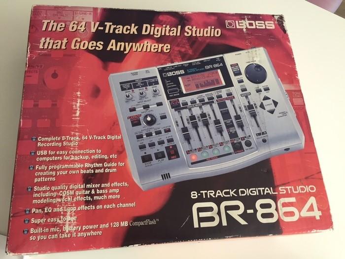 Boss BR-864 8-Track Digital Studio (58312)