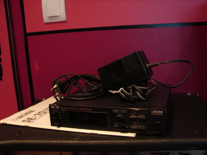 Boss SE-50 Stereo Effects Processor (73009)