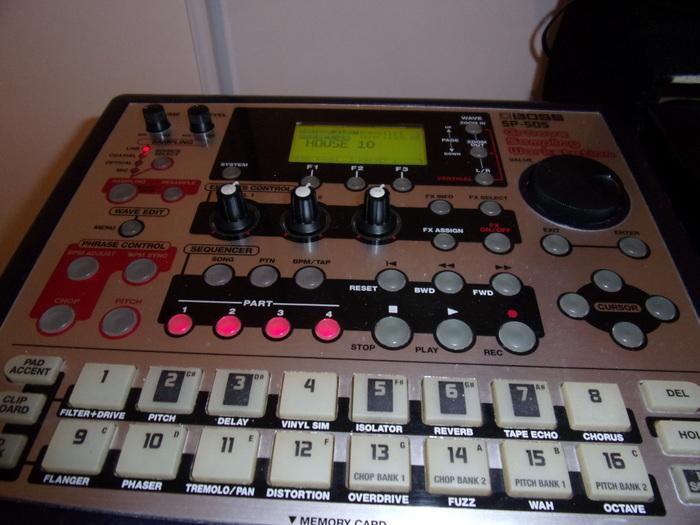 Boss SP-505 Groove Sampling Workstation stoper' images