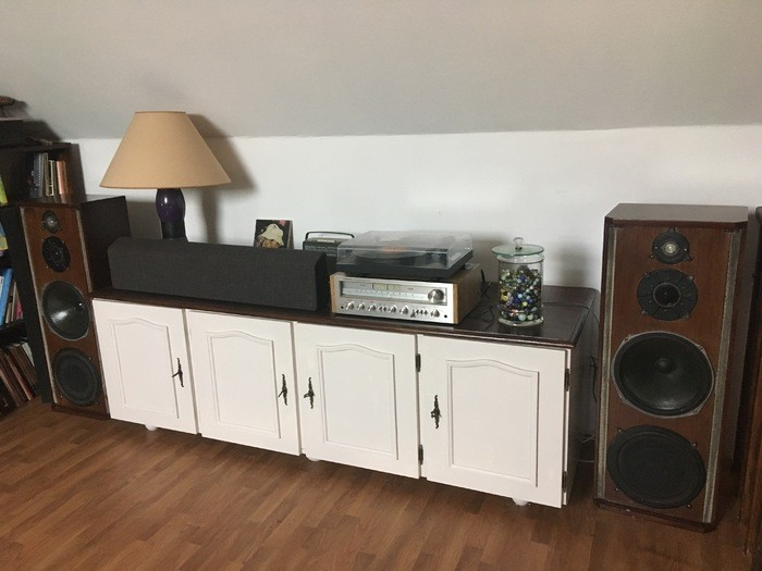 https://medias.audiofanzine.com/images/thumbs3/celestion-ditton-66-studio-monitor-2940746.jpg