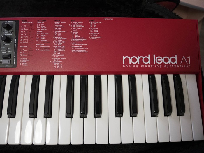 Clavia Nord Lead A1 (31858)