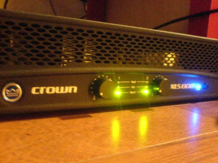 Crown XLS 602 Power Amp