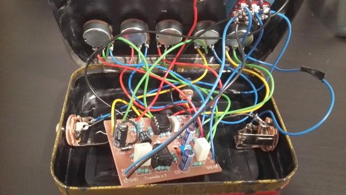 https://medias.audiofanzine.com/images/thumbs3/das-musikding-the-tremolo-optical-tremolo-kit-2852364.jpg
