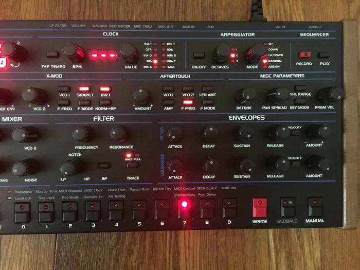 Dave Smith Instruments OB-6 Desktop (39365)