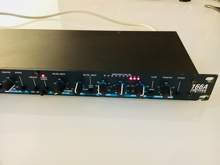 dbx 166A (59007)