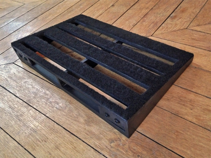 how to build a wood pedalboard