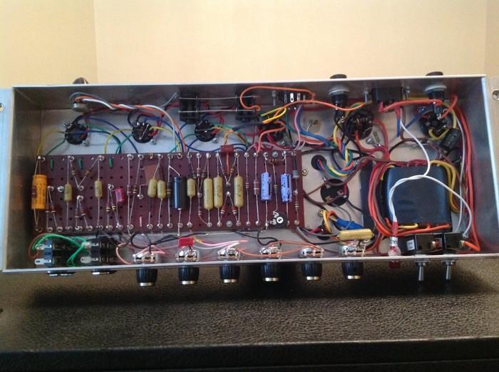 DIY Tête d'ampli guitare à lampes / Tube Guitar Head Amp (77187)
