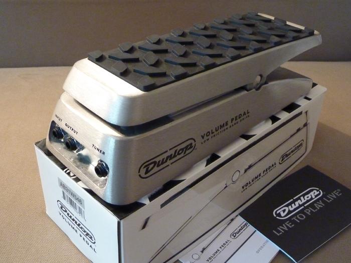 dunlop dvp1 volume pedal image 612718 audiofanzine. Black Bedroom Furniture Sets. Home Design Ideas