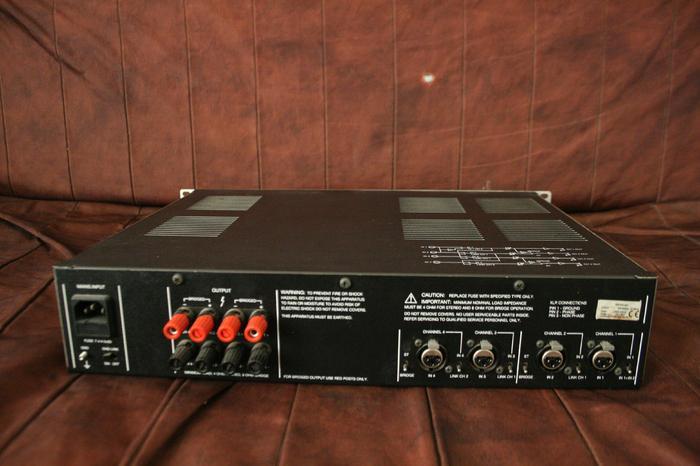 photo ecler mpa 4 80 ecler mpa 4 80 92588 306228 audiofanzine. Black Bedroom Furniture Sets. Home Design Ideas