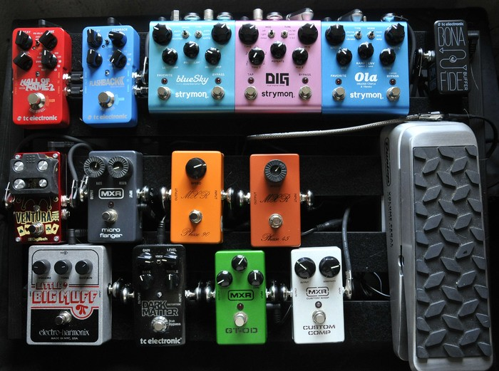 https://medias.audiofanzine.com/images/thumbs3/effets-guitare-2746410.jpg