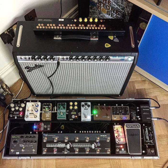https://medias.audiofanzine.com/images/thumbs3/effets-guitare-2937251.jpg