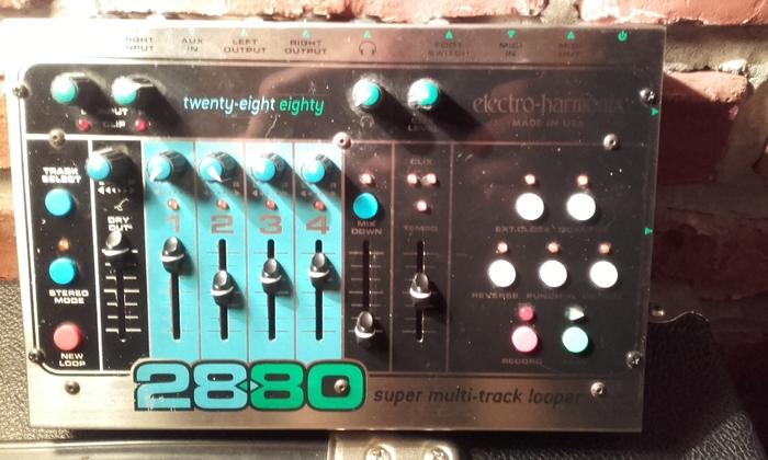 Electro-Harmonix 2880 OliveNucleus images