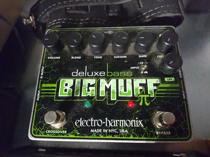 Electro-Harmonix Deluxe Bass Big Muff Pi (15690)