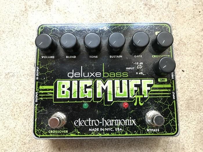 Electro-Harmonix Deluxe Bass Big Muff Pi (34285)