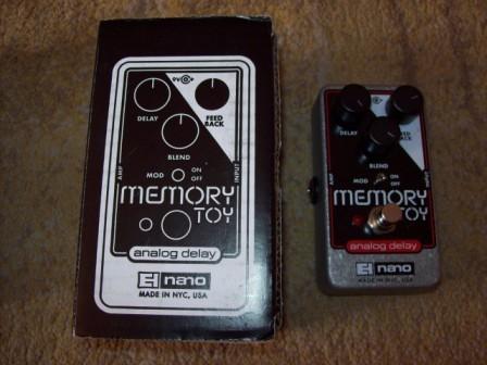 http://medias.audiofanzine.com/images/thumbs3/electro-harmonix-memory-toy-96566.jpg