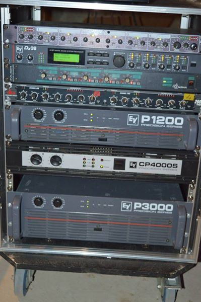 electro voice cp4000s image 1740211 audiofanzine. Black Bedroom Furniture Sets. Home Design Ideas