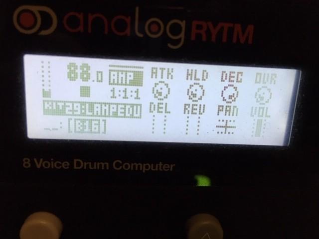 https://medias.audiofanzine.com/images/thumbs3/elektron-analog-rytm-2935235.jpg