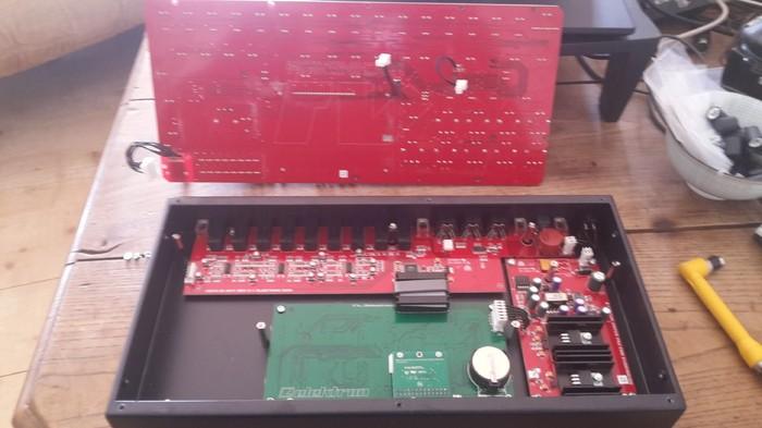 https://medias.audiofanzine.com/images/thumbs3/elektron-machinedrum-sps-1uw-mkii-2298555.jpg