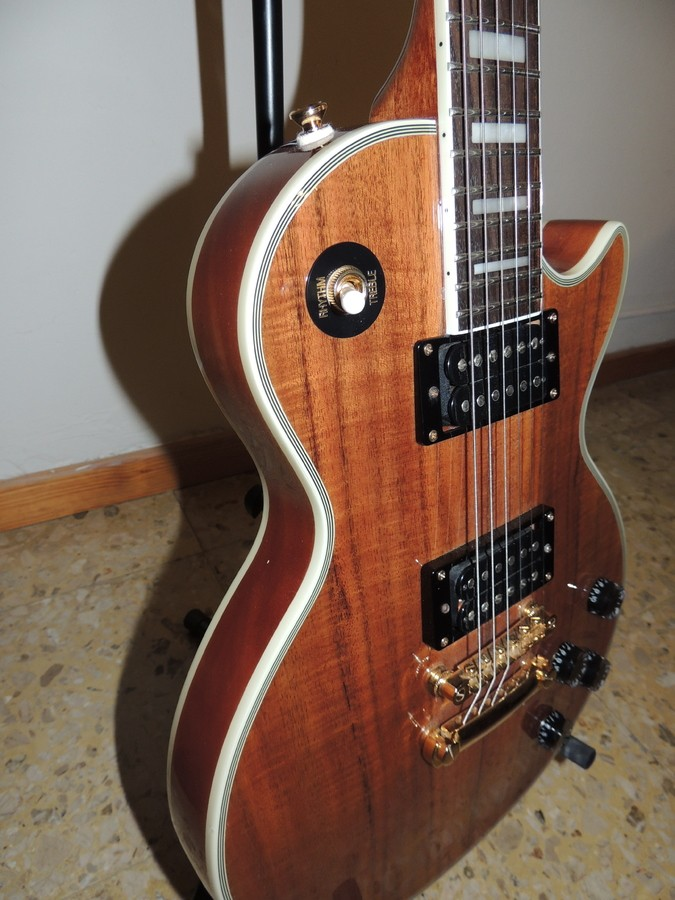 epiphone les paul custom pro koa image 2044595 audiofanzine. Black Bedroom Furniture Sets. Home Design Ideas