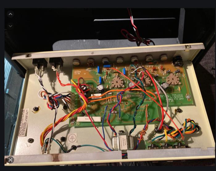 https://medias.audiofanzine.com/images/thumbs3/epiphone-valve-senior-3623309.png