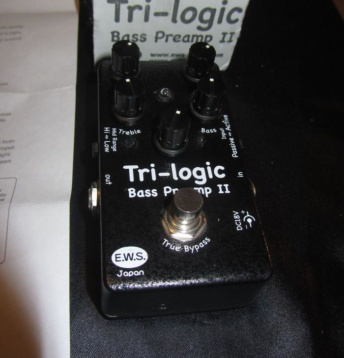 EWS Tri-Logic Bass Preamp 2 (94215)