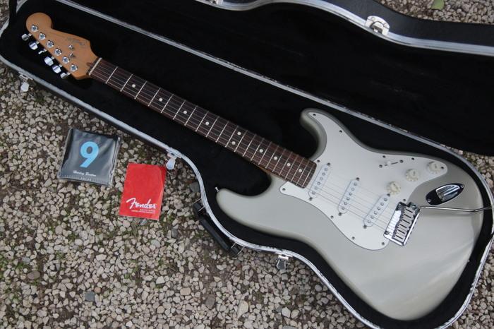 Fender American Standard Stratocaster [1986-2000] Sam Guitares images