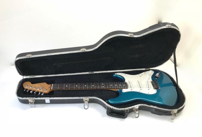 Fender American Standard Stratocaster [1986-2000] (9050)