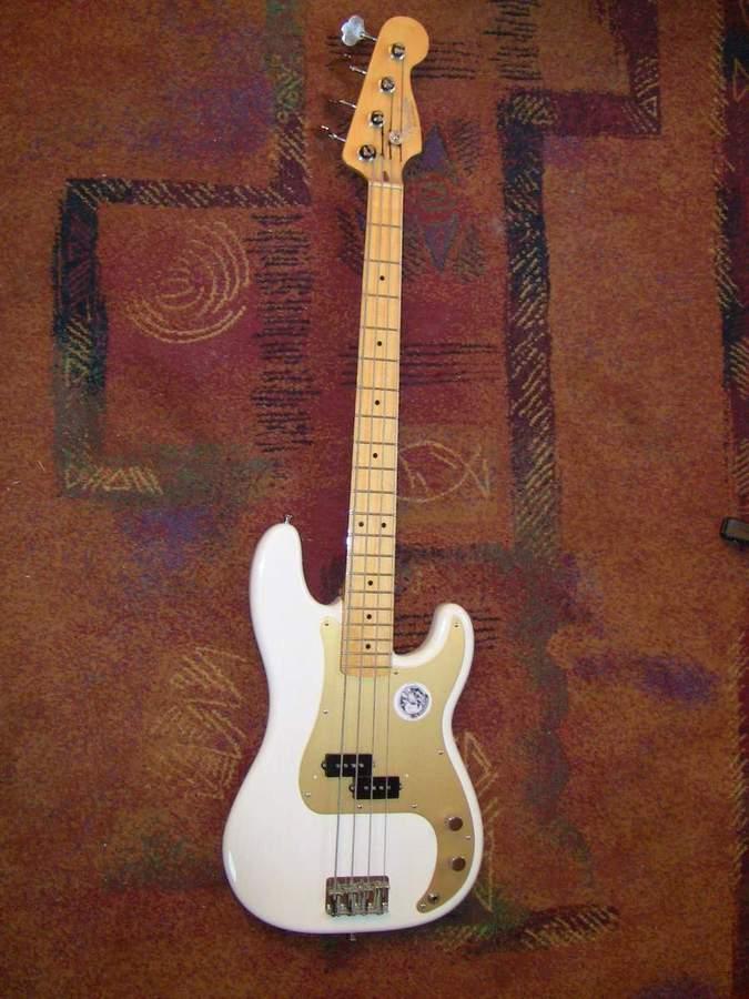 Fender american vintage 57 precision