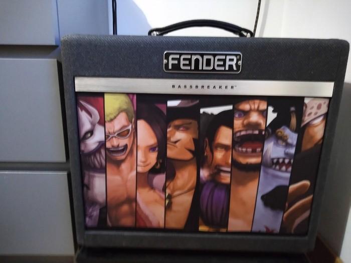 https://medias.audiofanzine.com/images/thumbs3/fender-bassbreaker-15-combo-3033643.jpg