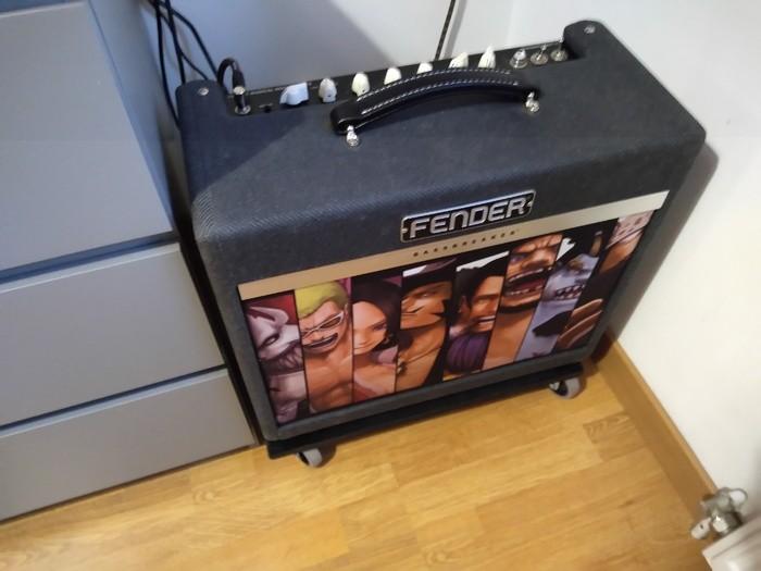 https://medias.audiofanzine.com/images/thumbs3/fender-bassbreaker-15-combo-3033644.jpg