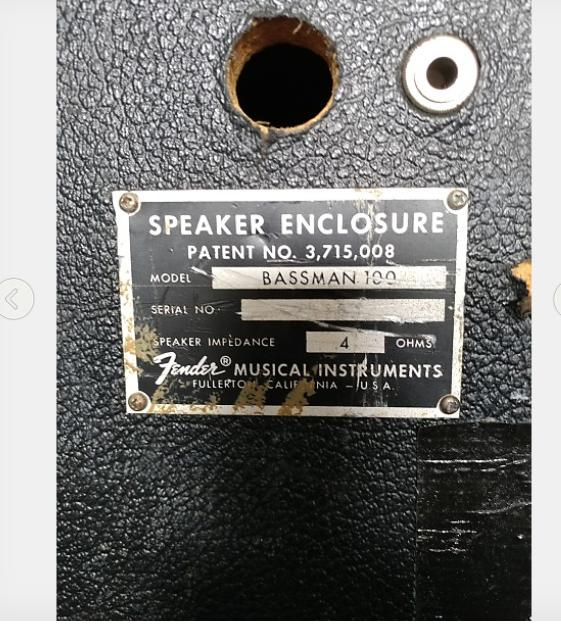 https://medias.audiofanzine.com/images/thumbs3/fender-bassman-100-4x12-silverface-2512616.png
