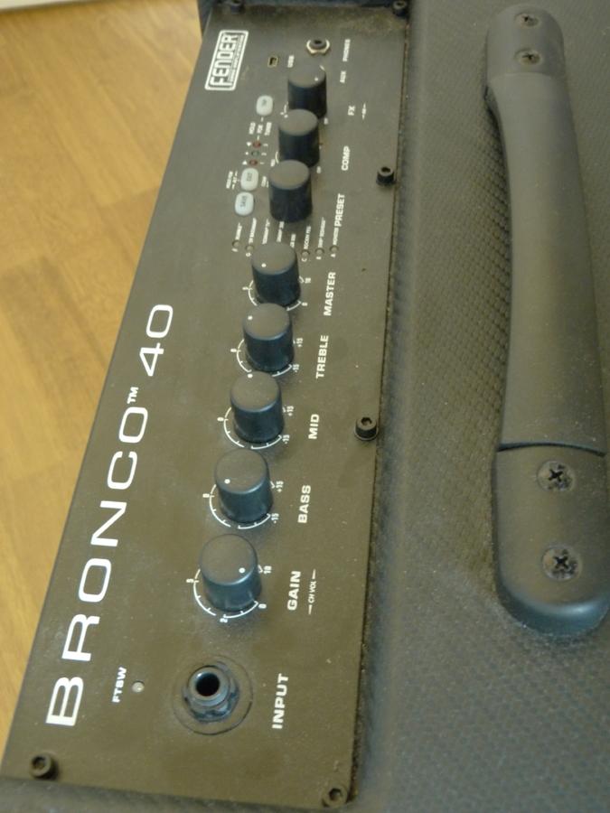 Fender Bronco 40 LETOFORMIX22 images