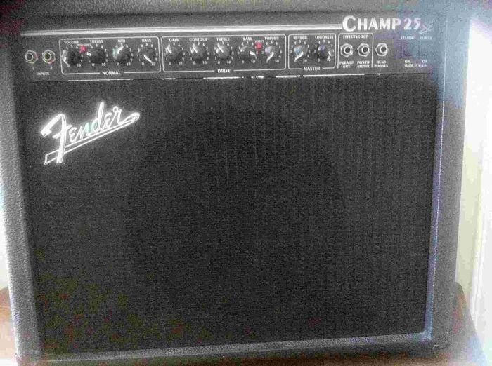 Fender Champ 25 SE sverlag images