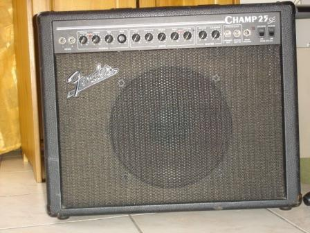 Fender Champ 25 SE (33381)