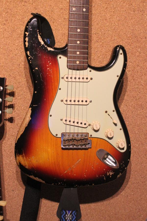 2010 Stratocaster CS 62 Relic.JPG