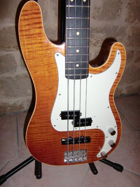 Fender Deluxe Aerodyne Classic Precision Bass Special Sakai Images