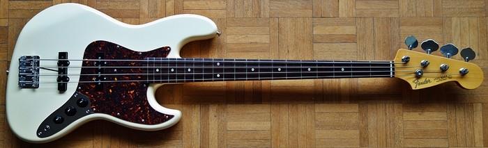 Fender JB62 (10909)