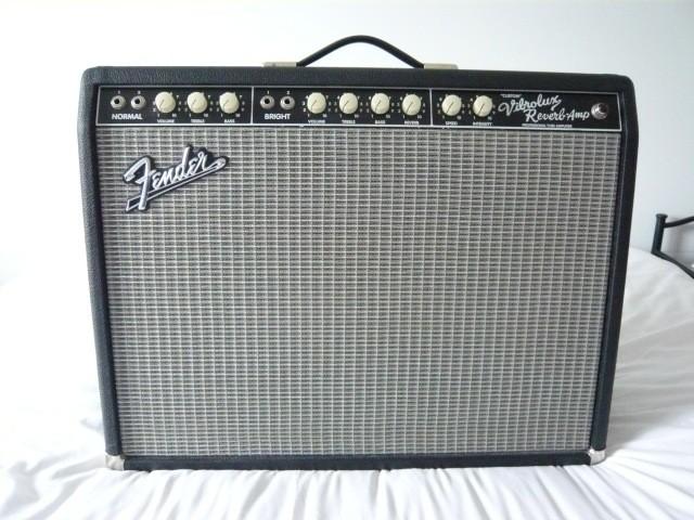 Fender Pro Tube Custom Vibrolux Reverb  (83332)