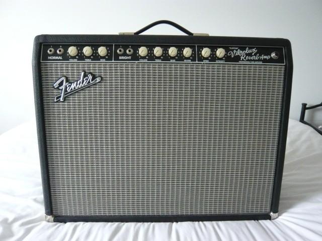 Fender Pro Tube Custom Vibrolux Reverb  (63600)