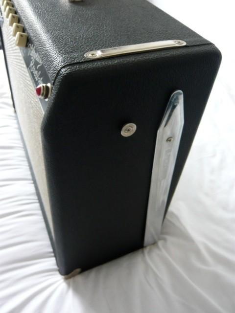Fender Pro Tube Custom Vibrolux Reverb  (59221)
